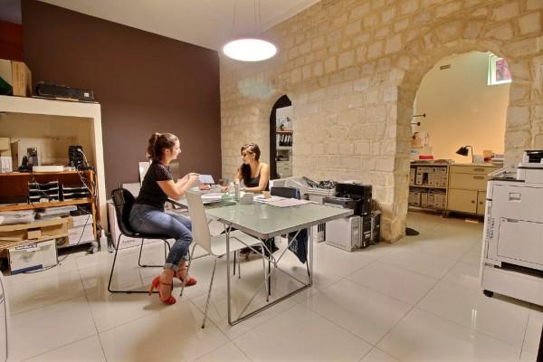 Local commercial Paris 4 pièces 93 m2